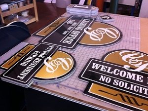 Troy, MI, Signs being created for business way signs